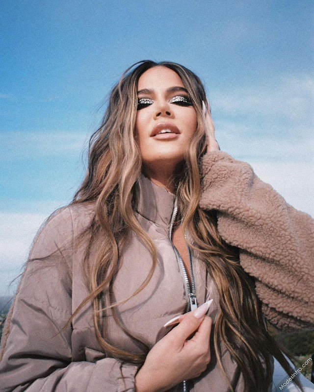 Khloe Kardashian Cover Photo